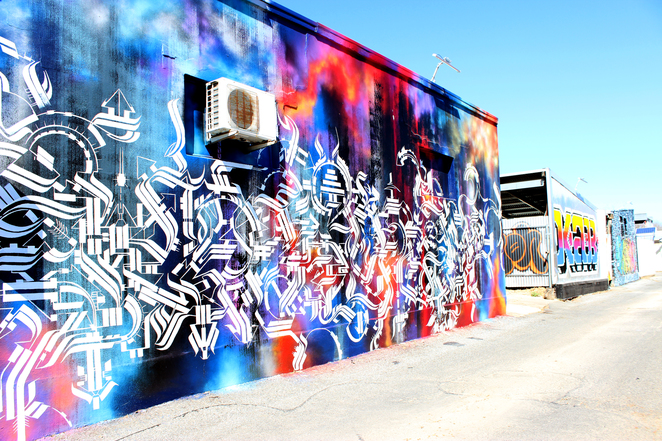 graff-wall-art-honeysuckle-lane-cafe-komodo-prospe